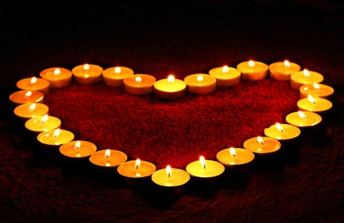 You Should Use Smokeless Candles in Your Home